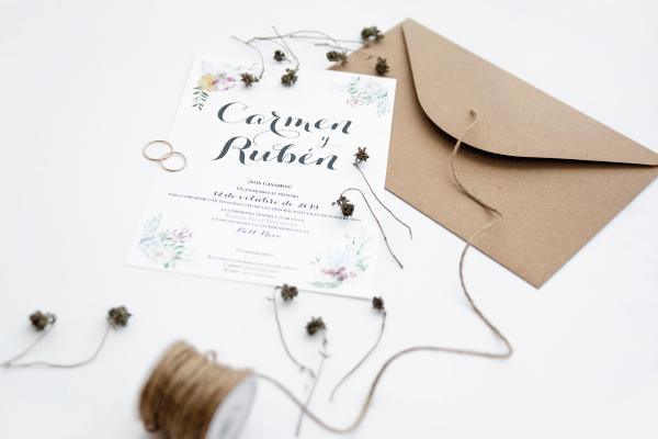 invitacion-de-boda-con-letras-