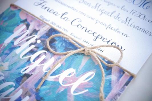 Detalle de la invitación de boda la floral que mola