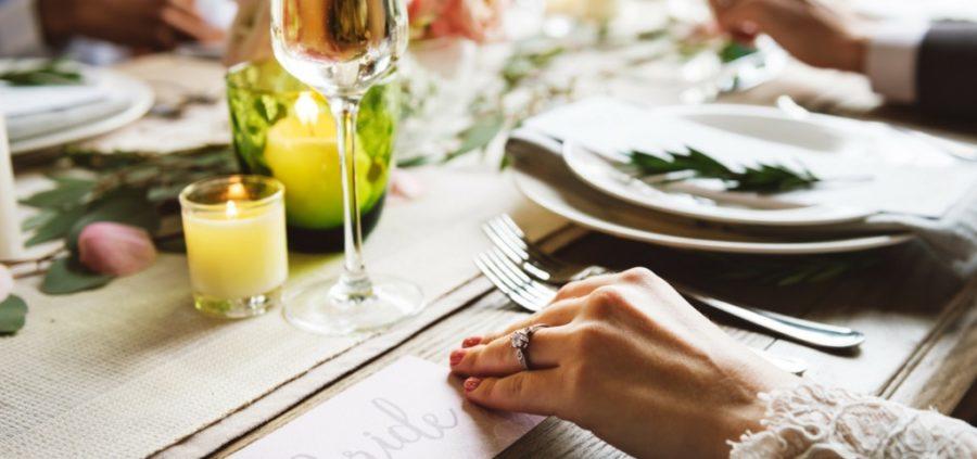 como-organizar-mesas-de-boda