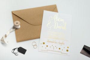 invitacion de boda color dorado original