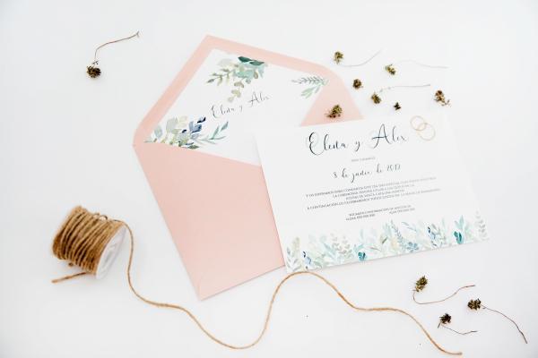 invitacion de boda en colores rosa