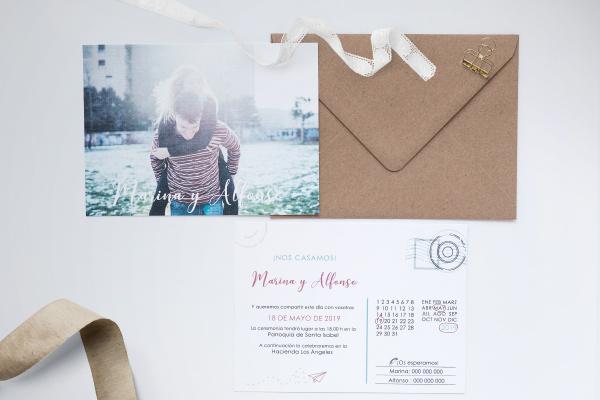 Invitacion de boda formato postal de viaje