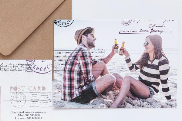 invitacion-de-boda-postal-de-viaje-estilo-vintage-original