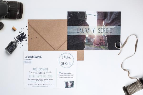invitacion de boda tipo postal de viaje