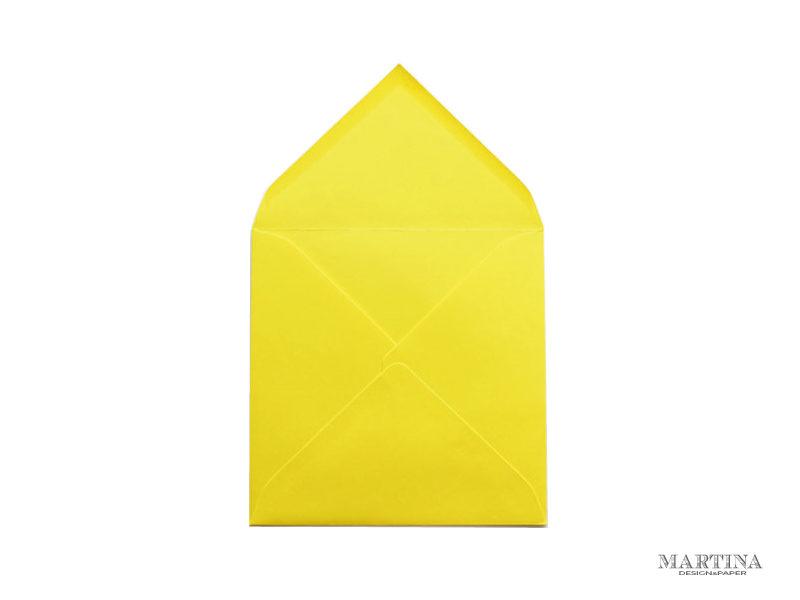 Sobre cuadrado para invitaciones de boda amarillo
